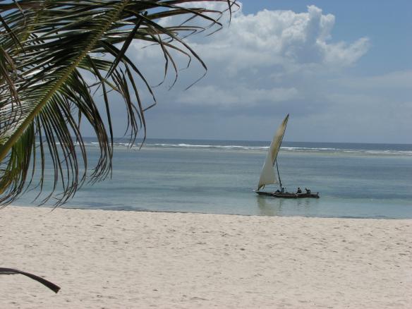 Kuna sisikonda raputaval teel sõites kaamera pihus ei püsinud, olgu kohalikest siiski midagi. Need on rannikukalurid India ookeani ääres.