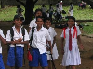 Silmad säravad, suud naeratavad – koolilapsed ekskursioonil.