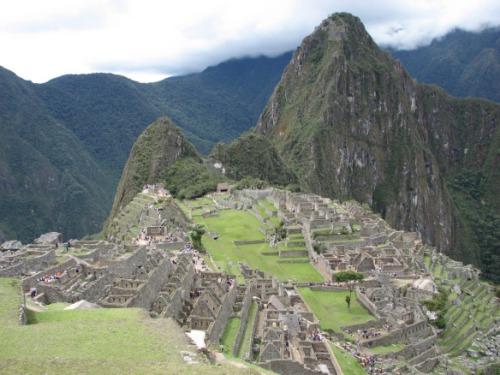 Vaade Machupicchul olles Waynapicchule. Tüüpiline turistikas, aga eks proovi ilma selleta öelda, et inkade kadunud linna oma silmaga nägid ja jalgadega puudutasid:)