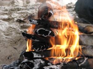 Tipi keskele tehtud lõkketuli puhastab ja tervendab inimeseksolemise igal tasandil.